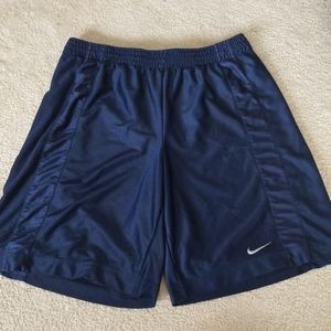Nike mens athletic shorts size large